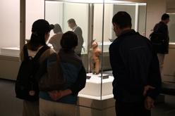 展示されている国宝土偶の写真